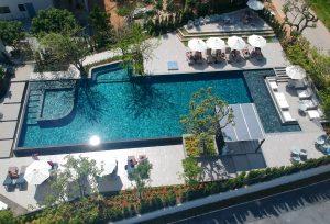Olympische Größe: Der Pool misst 25x10 Meter